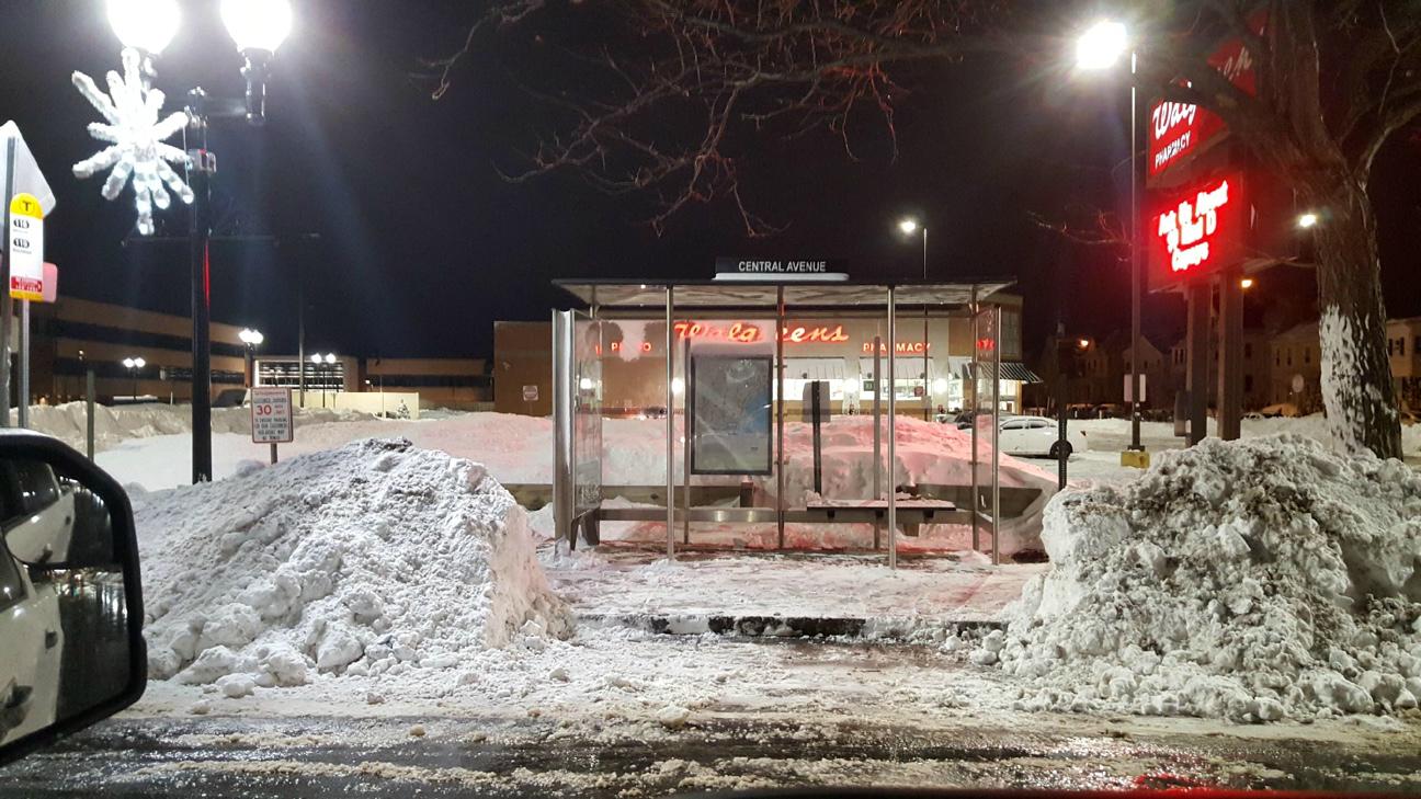 bus-stop-shoveled-shelter.jpg