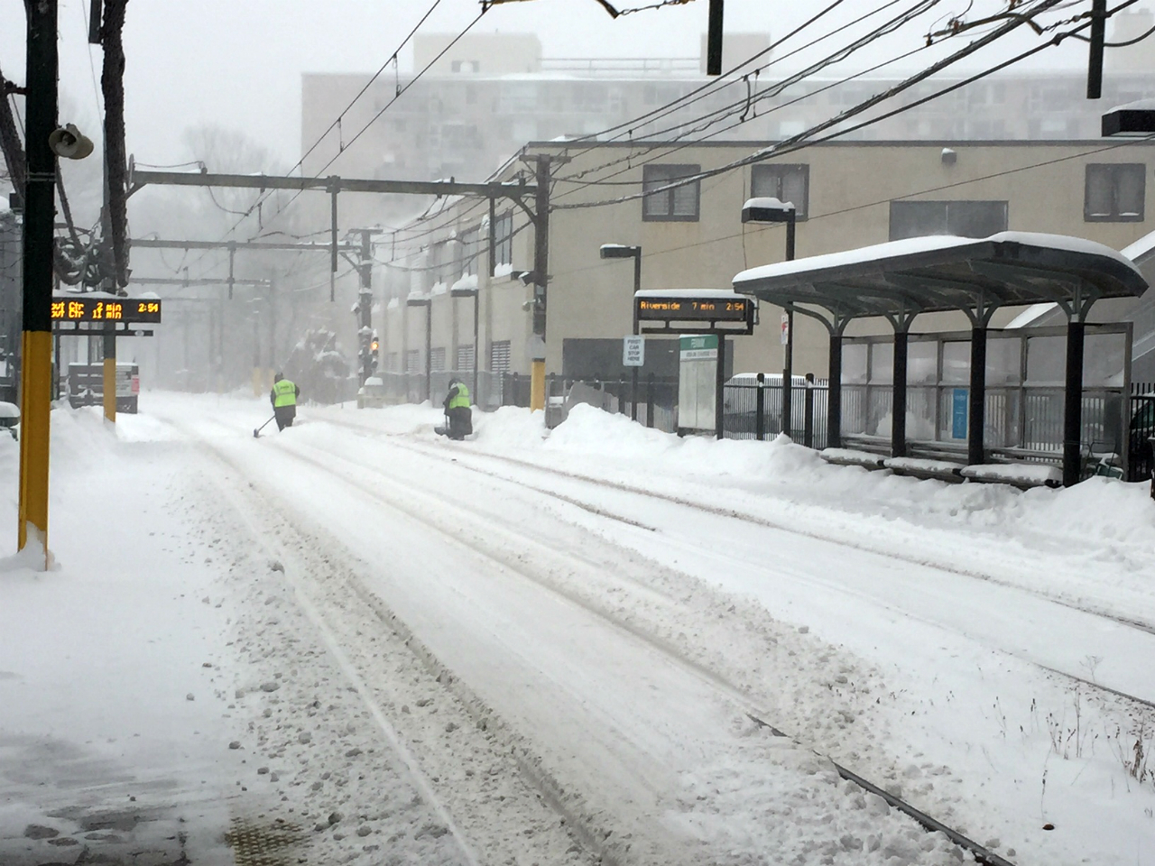 fenway-snow-clearing.jpg